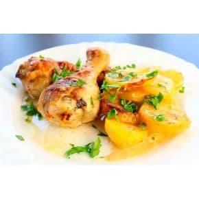 Голень куриная, картофель в сливочном соусе с зеленым луком