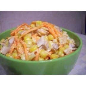 Салат «Викинг» (куриное филе, морковь по-корейски, яйцо, майонез, кукуруза, огурец консервированный)