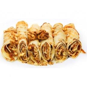 Блинчики с грецким орехом и варёной сгущёнкой