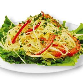 Салат «Витаминный» из капусты с перцем болгарским и зеленью