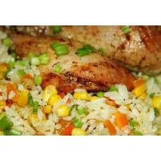 Курица запечённая с овощами, рис отварной