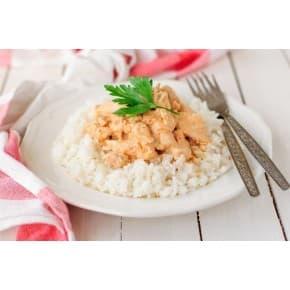 Курица в сливочном соусе, рис отварной