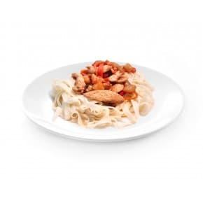 Курица с лапшой удон в кисло-сладком соусе