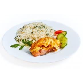 Рыба запеченная с овощами, рис отварной