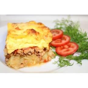 Мясная лазанья под соусом «Бешамель»