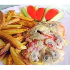 Рыба запечённая с помидорами и грибами, картофель фри