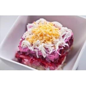 Салат cельдь под шубой (сельдь с/с, картофель, свекла, морковь, яйцо, майонез)